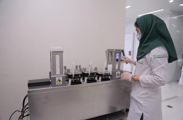 بازدید کارشناسان اداره کل  تجهیزات پزشکی و آزمایشگاهی از خط مدرن تولید کیت های الایزا شرکت نویان نگین پارسیان